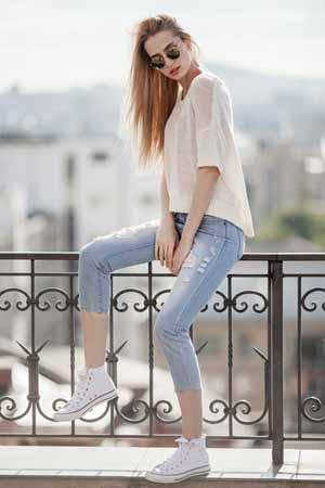 Helle Jeans Kombinieren Damen Und Herren Outfit Ideen